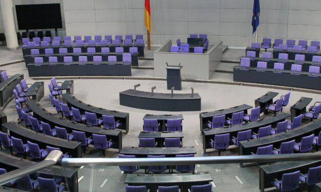 Bundestag: Gauland und die monströse Ignoranz